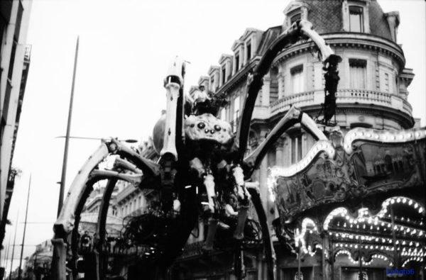 spectacle le minotaure photo de rue